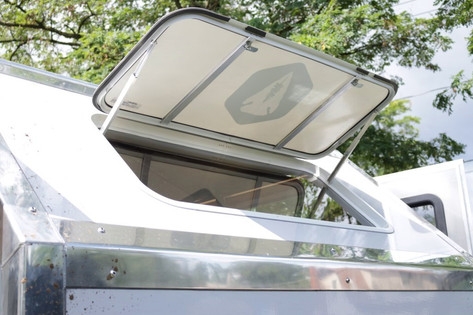 Front visor window