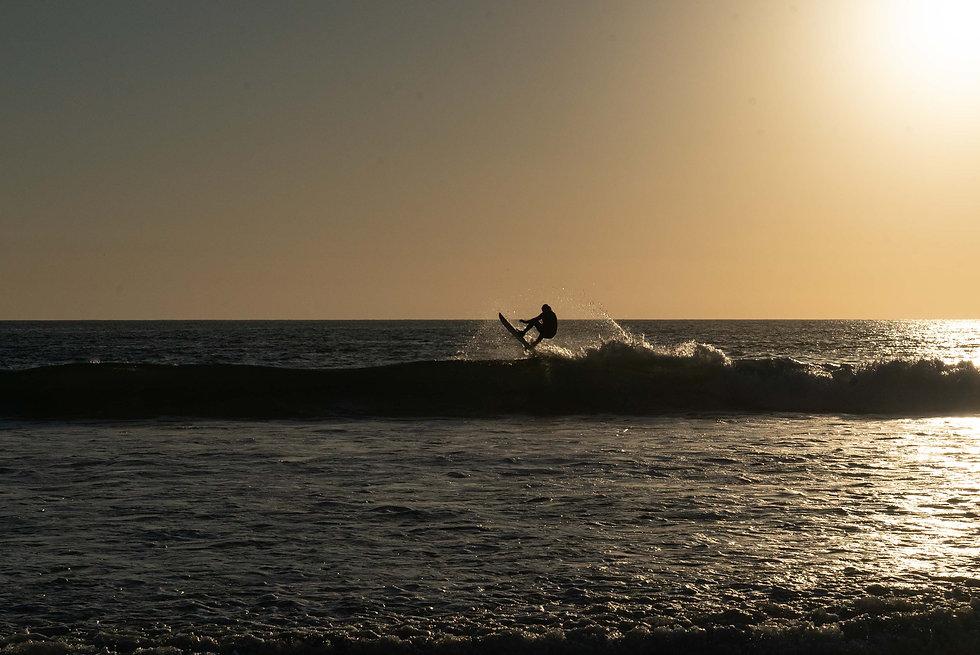 DSC04080 surfer.jpg
