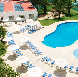 piscina_exterior.jpg