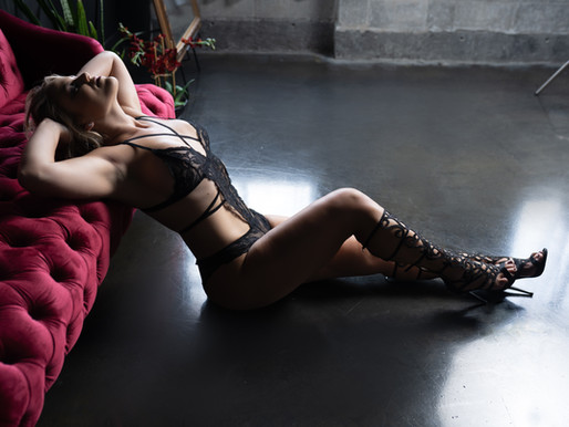She Was Looking To Increase Her Confidence | Tampa Boudoir Photographer