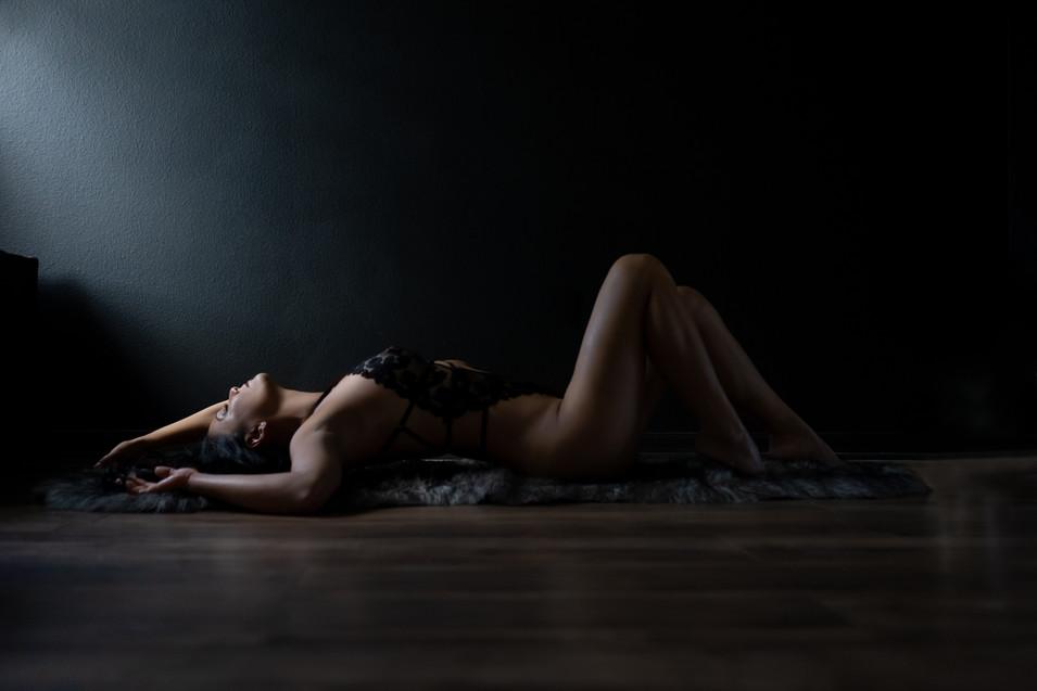 wesley chapel tampa womens portrait photograpehr lunar body boudoir