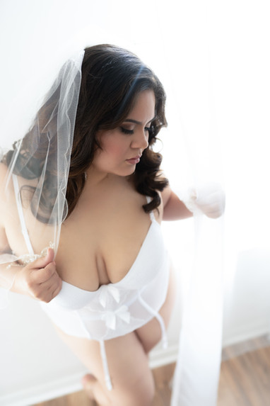 Tampa bridal boudoir photo