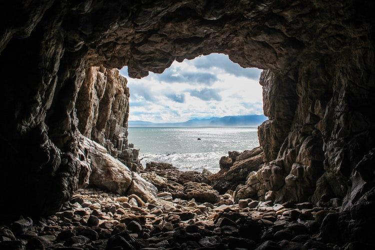 Cavetime with Khalsa