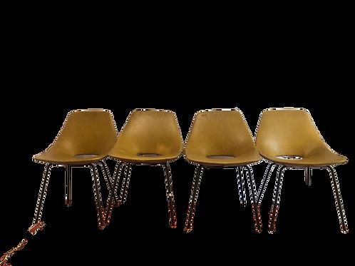 Ensemble de 4 chaises Tonneau Pierre Guariche