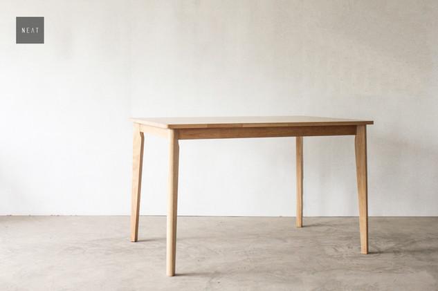 VANILLE TABLE