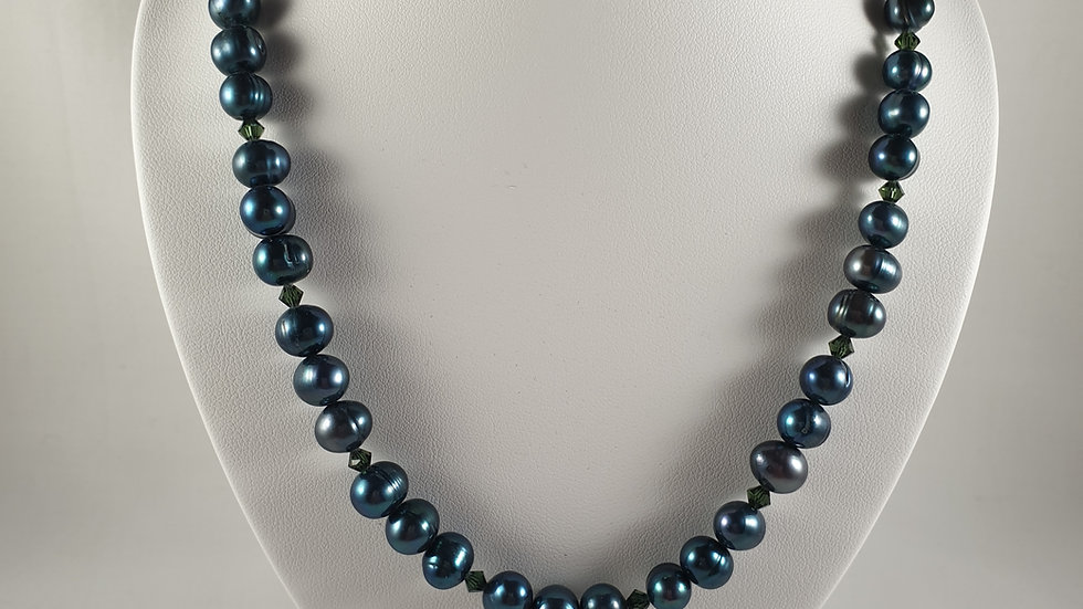 Beautiful green fresh water pearl necklace with crystal Sterling Silver clasp