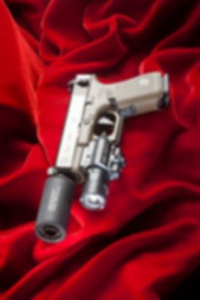 G19 M2 red velvet LR.jpg