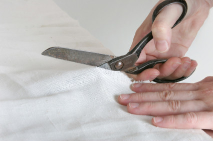 Keeping Scissors Sharp: 10 Tips to Care for Your Sewing Scissors