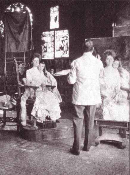 Sargent painting Mrs. Fiske-Warren and her Daughter
