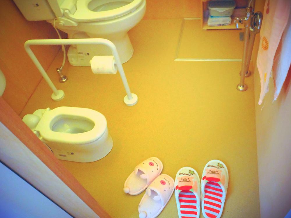 小さなトイレとぶたちゃんがかわい〜。
