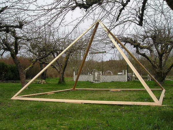 The Custom Built Deluxe Giza Meditation Pyramid