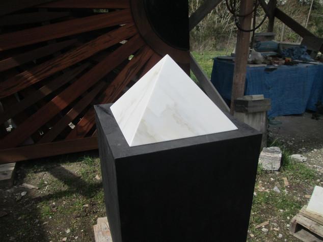 White Onyx Stone Pyramid