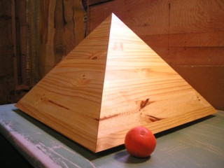 The Jumbo 22 Inch Giza Pyramid