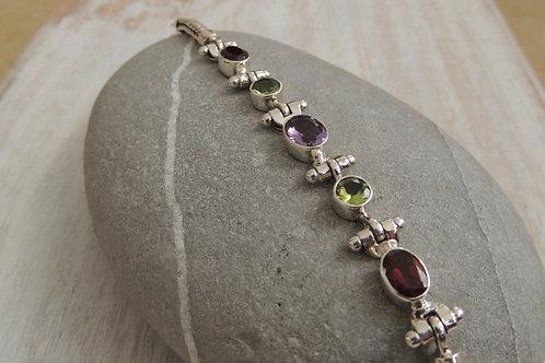 Mixed Cut Stone Bracelet