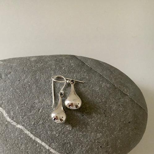Teardrop silver Earring