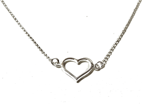 Delicate Silver Heart Chain Bracelet