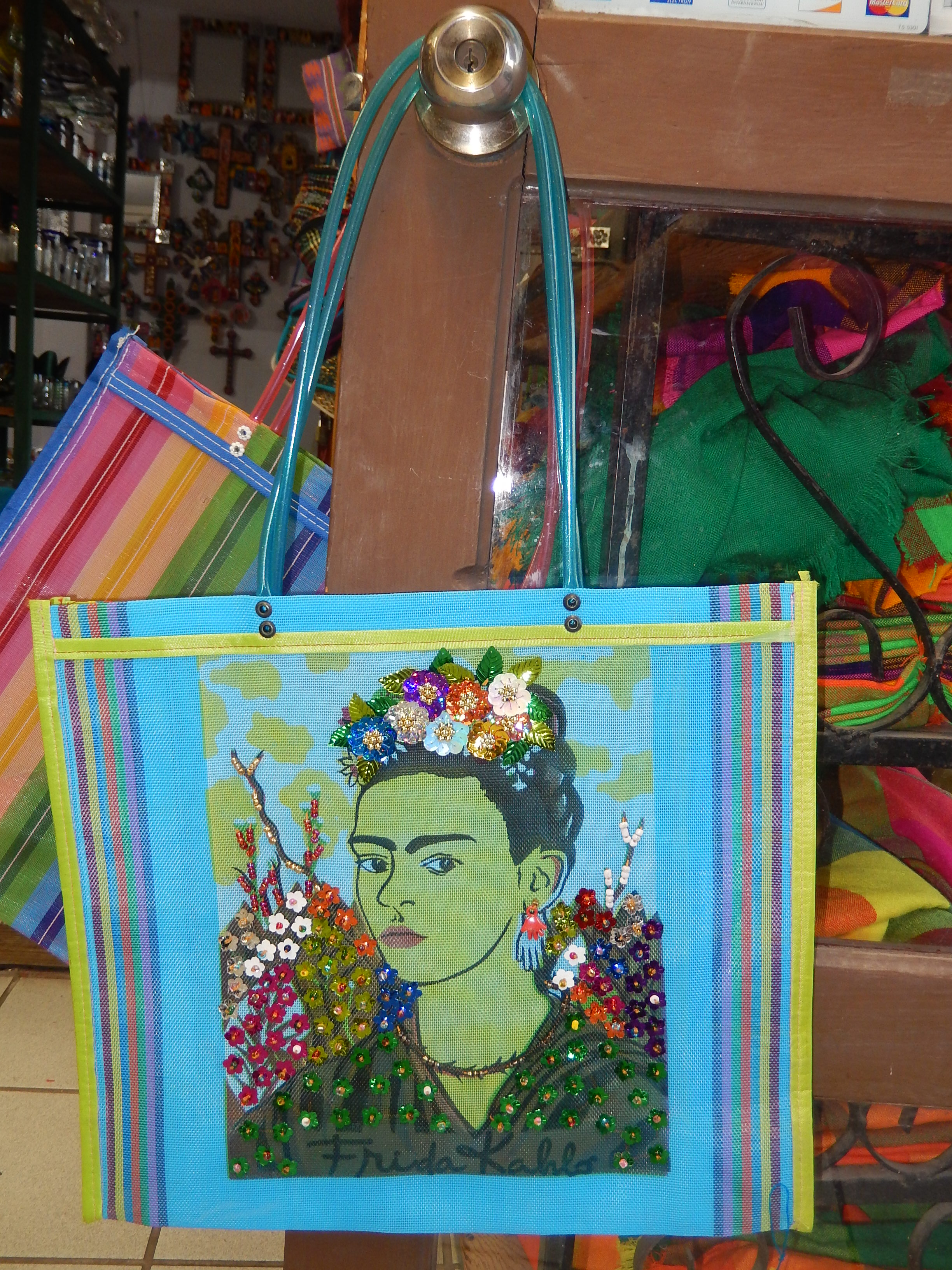 Frida recycled bag with decoration