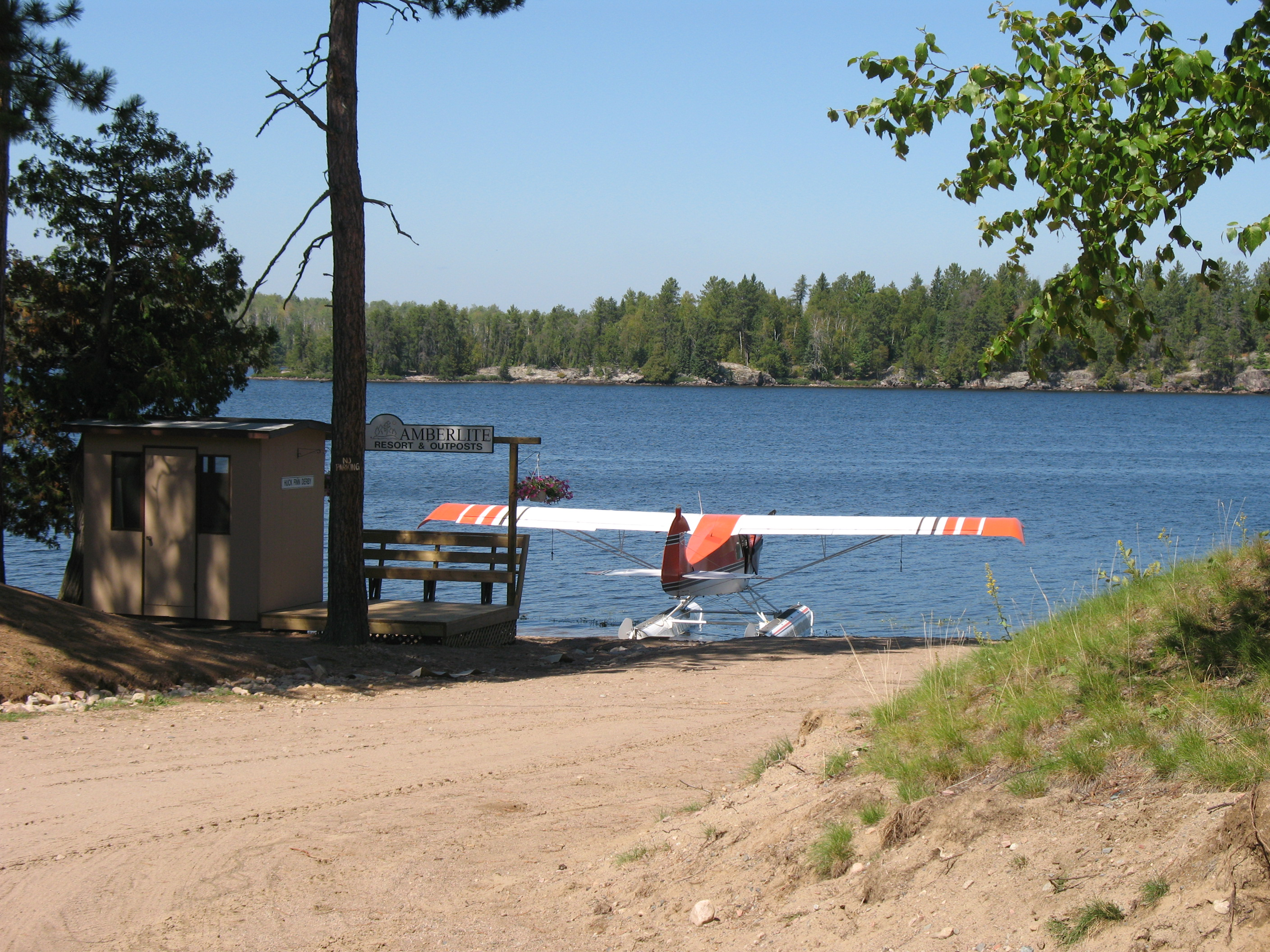 Float Plane at Amberlite