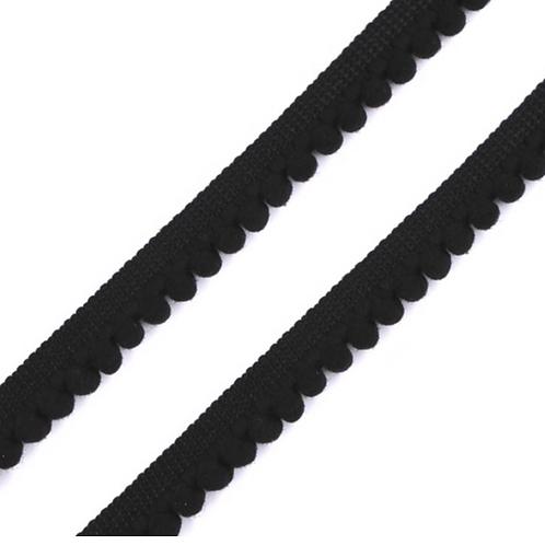 Pompon–Borte schwarz