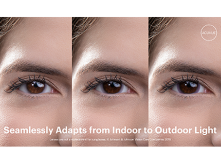 Acuvue® Oasys with Transitions™  Light Intelligent Technology™