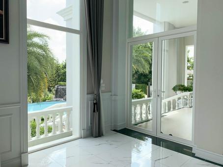 สร้างบ้านทั้งที ใช้กระจกอะไรดี?
