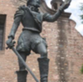 800px-Estatua_de_Cabrera,_detalle.JPG
