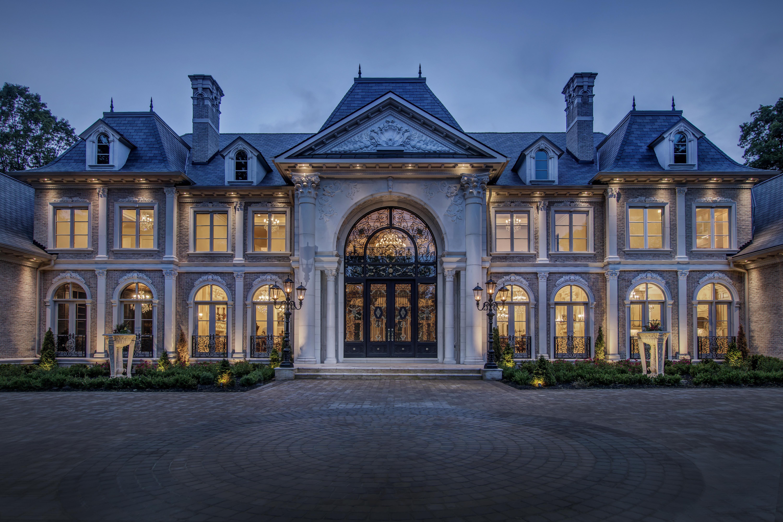 Le Chateau de Lumiere