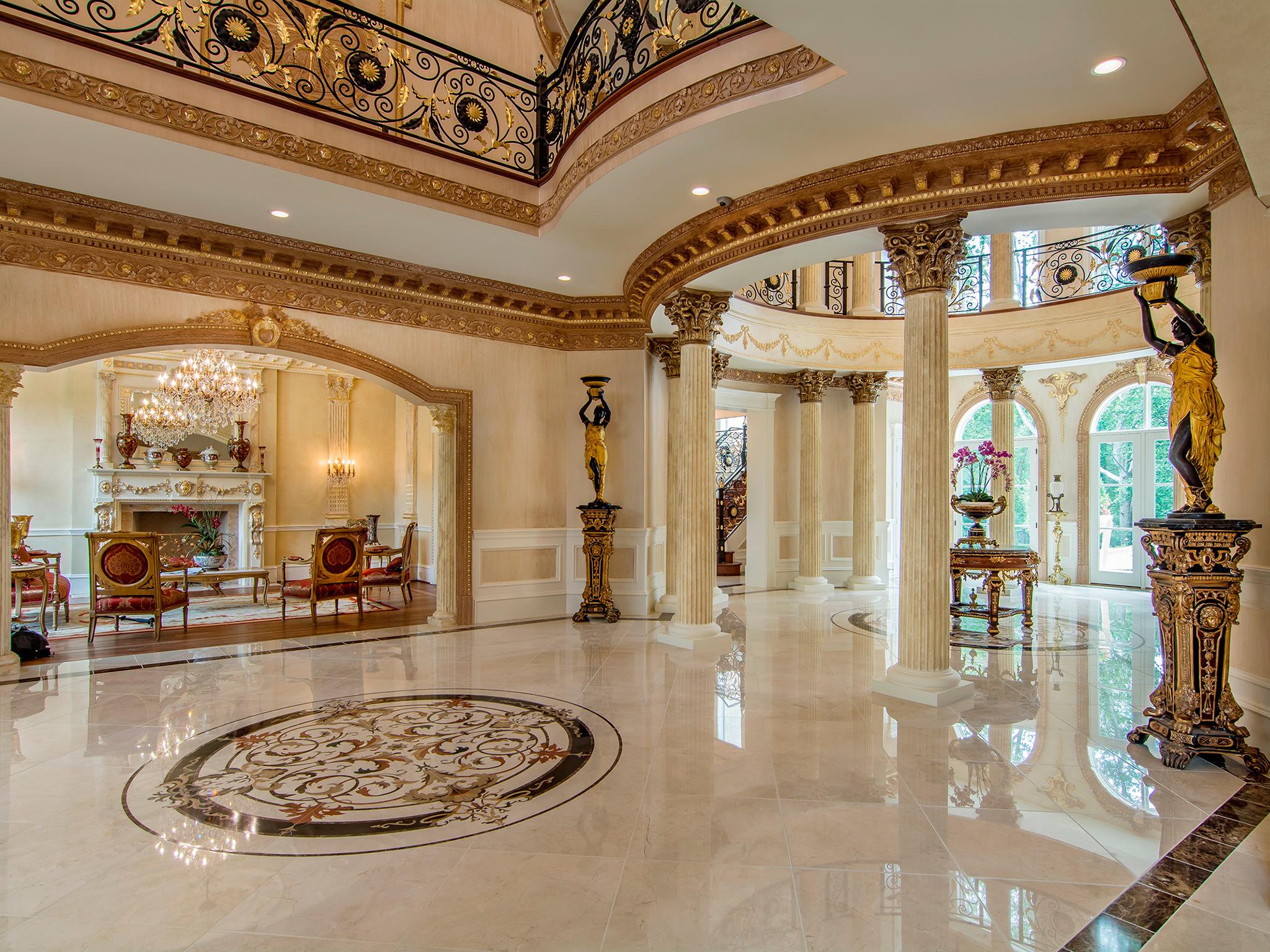 Exquisite Entry Foyer