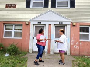 Volunteers works to keep neighborhood informed as Newport News pursues redevelopment in Southeast