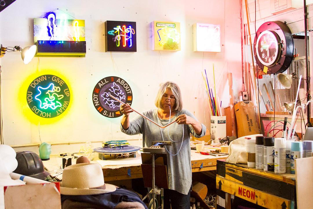 Linda Sue Price Studio shot