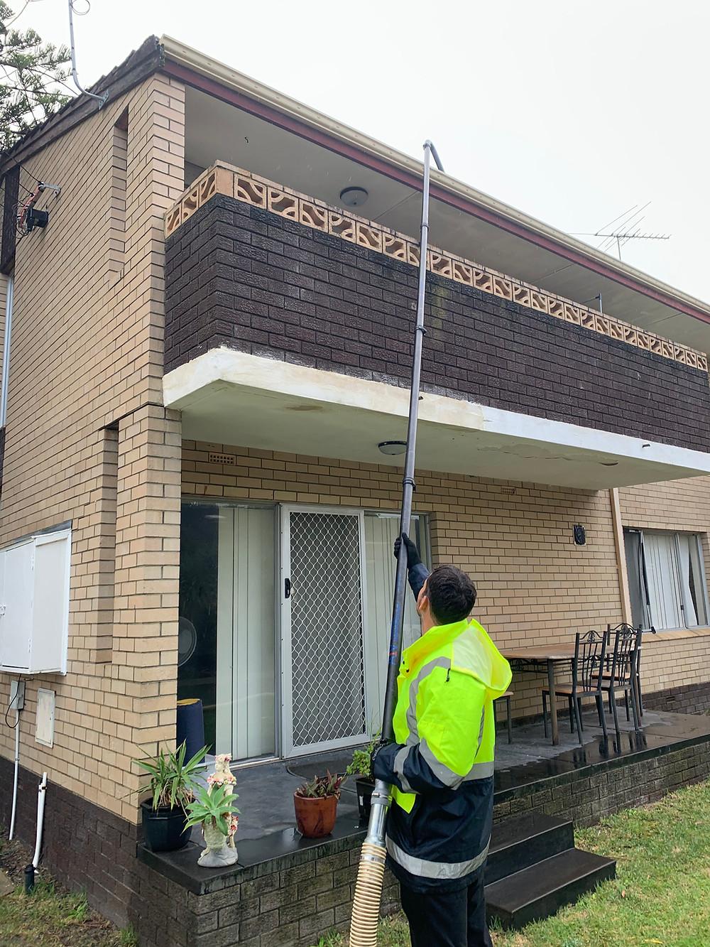 Gutter vacuuming perth, gutter vacuum perth, gutter cleaning perth, gutter vacuum service perth, cleaning gutters in perth western australia, gutter vacuum, gutter vacuuming, blocked gutters perth
