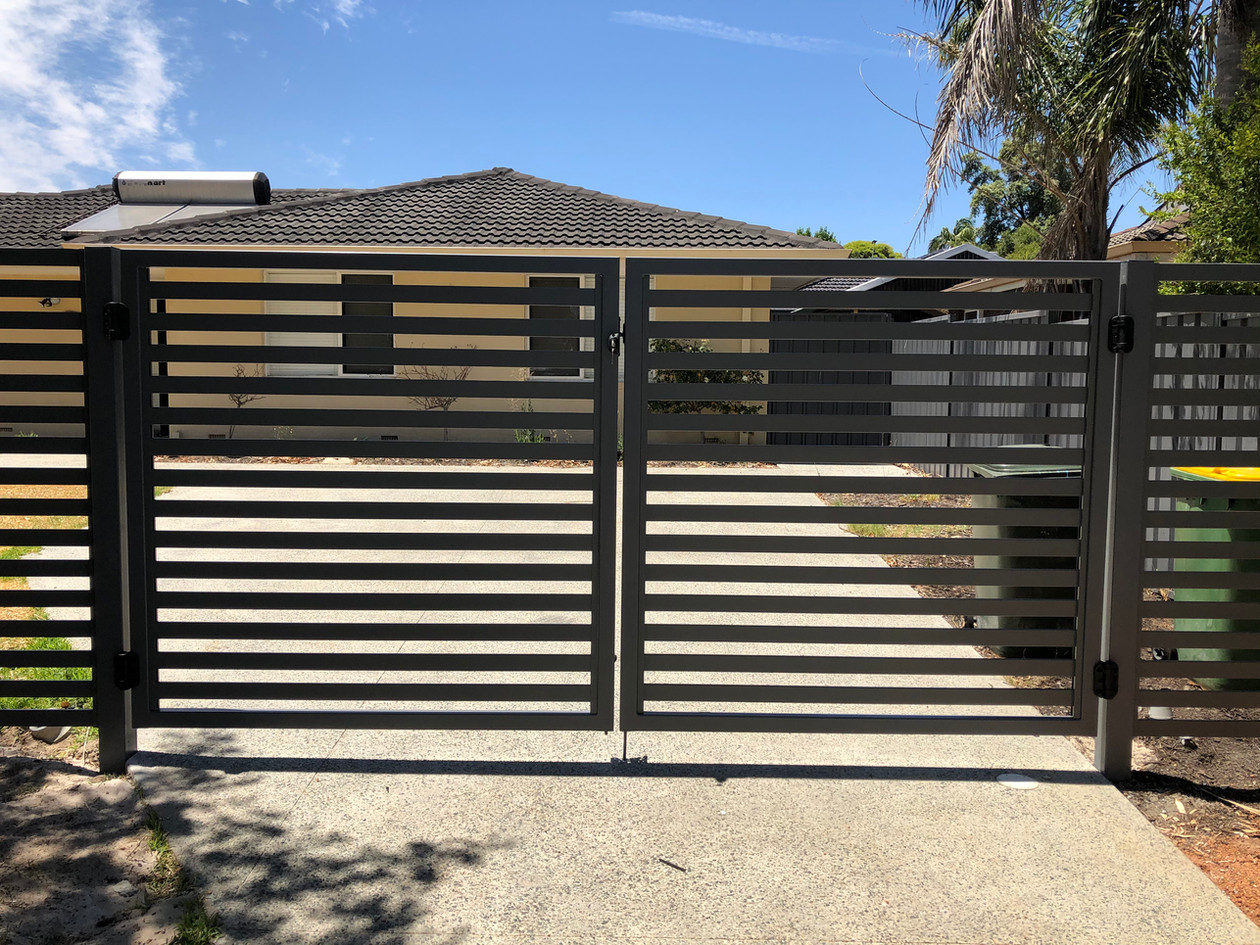 Slat Fence and Gate, High Wycombe