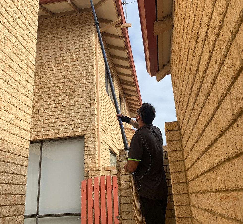 Gutter Cleaning South Perth