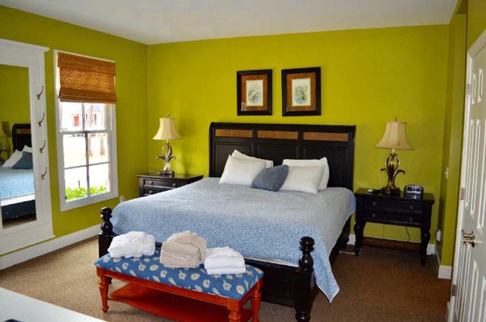 bedroom1-1024x678 - Copy.jpg
