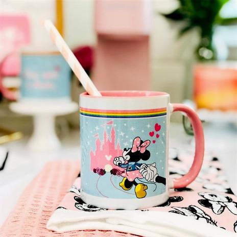 Minnie Mug_edited.jpg