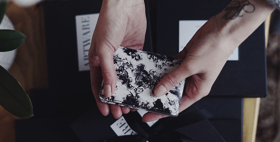 Stardust card holder
