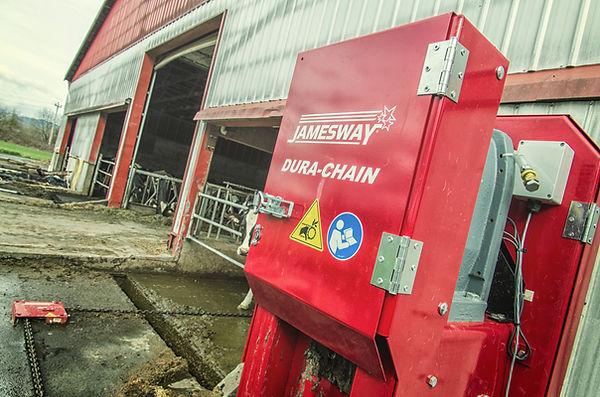 Jamesway Dura-Chain dairy barn alley manure scraper