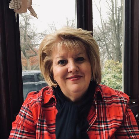 Wendy Holmes