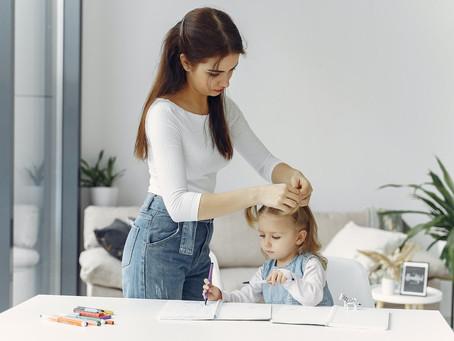 Mães no mercado de trabalho.