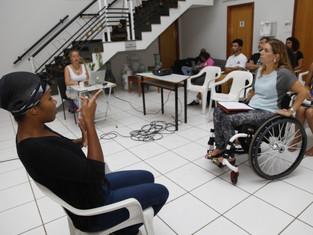 Turma especial para pessoas com deficiência ensina CEAC e Mapa nas Nuvens