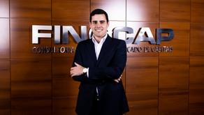 Finacap ajuda corretor a fidelizar clientes e gerar mais negócios