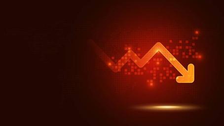 Ibovespa cai 2,11% e fecha com segunda pior pontuação do ano; mercado descola do exterior com temor.
