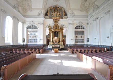 Die Schönheit der Schlosskirche sichtbar machen  Arbeitskreis Offene Kirche wird gegründet