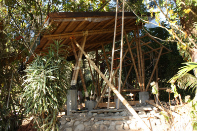 Building Local, Earth and Bamboo Design