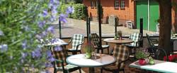 Terrasse mit Hengsstation 2_1904x798