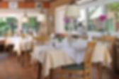 Gemütliche Gaststube im Restaurant nahe Wedel