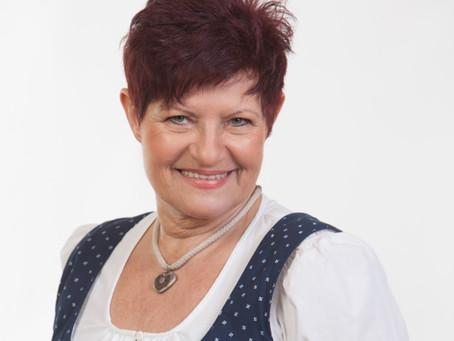 Wienerlied Online mit Charlotte Ludwig