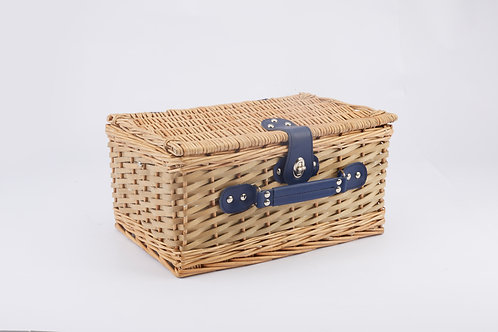 Full Willow and Woodchip Picnic Basket
