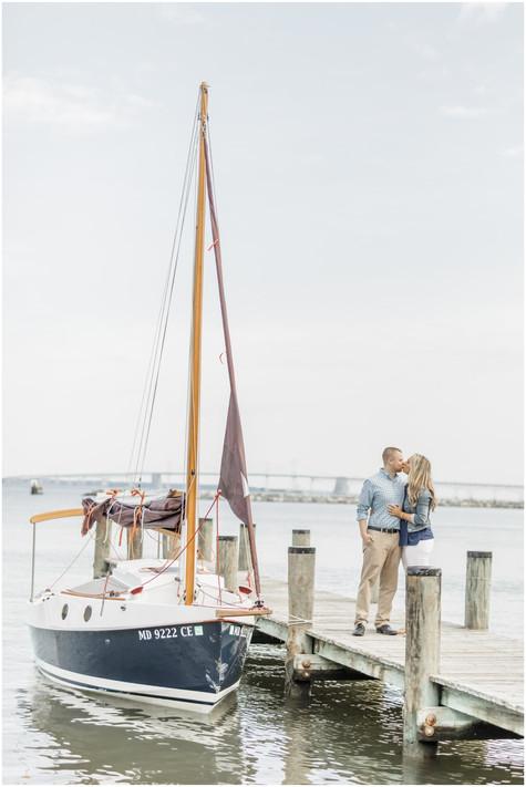 Lindsey & Brandon | Engaged | Annapolis Wedding Photographer