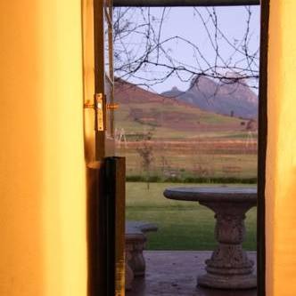 Stellenbosch Winelands Muldersvlei Estate accommodation mountain view.jpg
